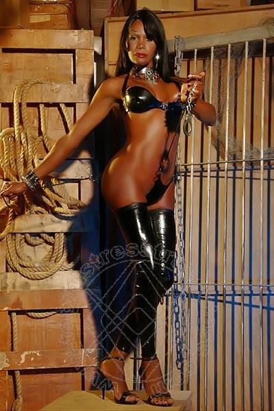 Mistress Transex Milano Lady Alessandra La Gatta Nera