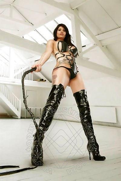 Mistress Transex Fulda Tattoomodel Ts Shirin