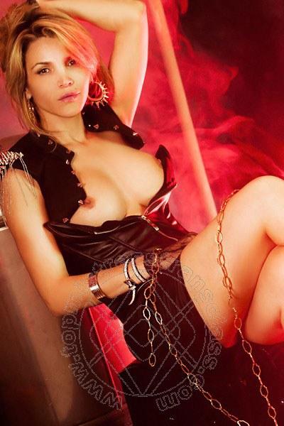 Mistress Transex Como Lady Denise Oliver