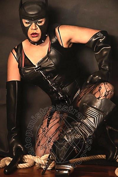 Mistress Transex Chiasso Lola Batalhao