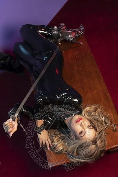 Mistress Transex Torino Lady Victoria Venere
